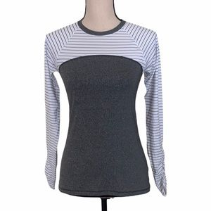 CALIA by Carrie Underwood Long Sleeve Tee Size XS